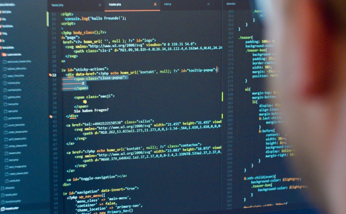 Frontale HTML Code Ansicht